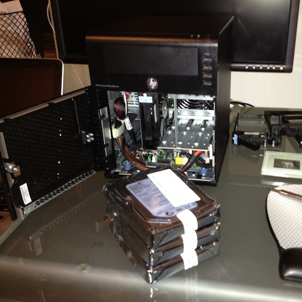 Installing hard drives into HP MicroServer